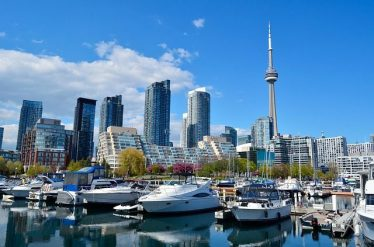 10 Fun Things to Do in Toronto Canada as an Adult